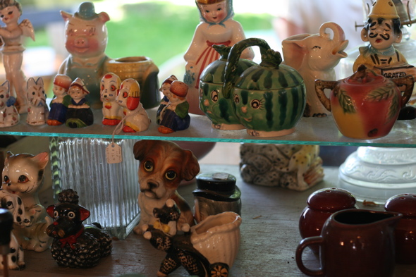 antique, vintage knick knacks, figurines, Aberfoyle Antique Market