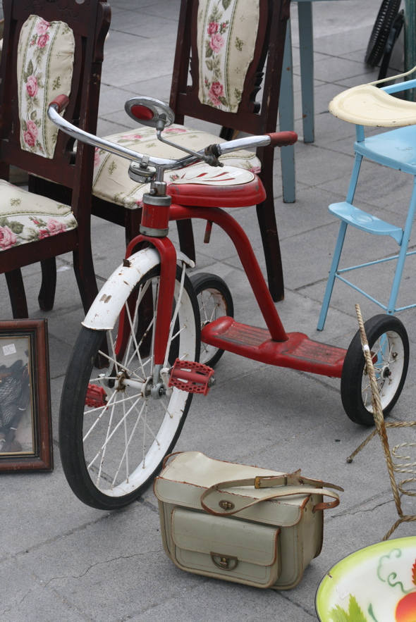 Kingston antique market, antique tricycle