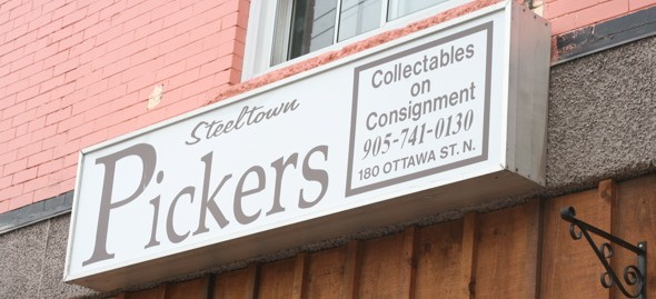 Steel Town Pickers, 180 Ottawa Street North, Hamilton, Ontario