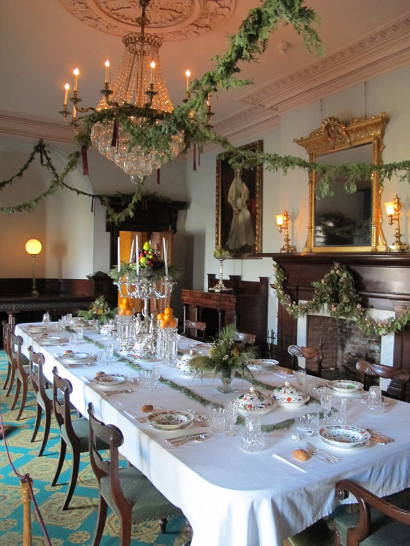 Dundurn castle, dinning room, Victorian, Christmas decorations, Hamilton