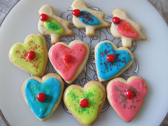 easy to make, valentine's day, short bread cookies