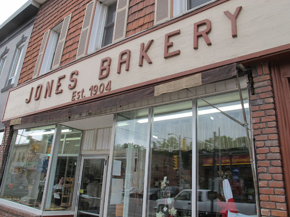 Jones Bakery, Caledonia Ontario, Brick Oven, Established 1904