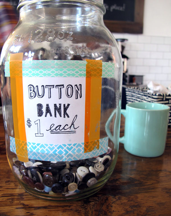 541 Barton button bank